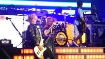'It's So Easy & Mr Brownstone' Guns N Roses@Wells Fargo Center Philadelphia 10-8-17