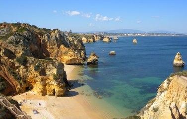 Pourquoi le Portugal attire autant les retraités français