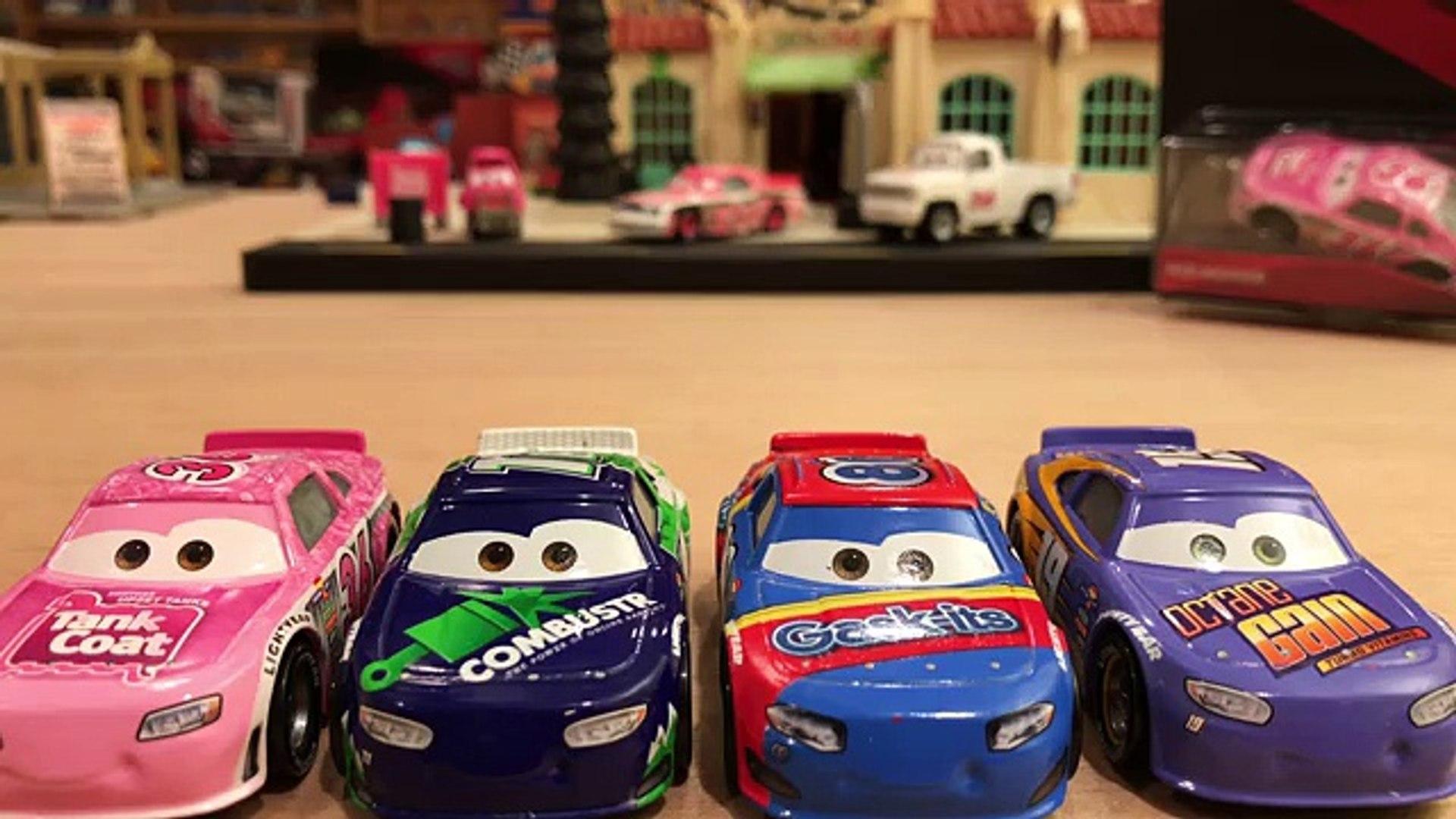 CRUZ RAMIREZ NEW DISNEY CARS REV N RACE LIGHTING MC QUEEN DANNY SWERVEZ TOYS