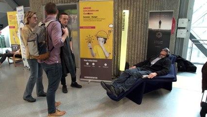 Aurasens, le fauteuil pour ressentir la musique grâce aux vibrations (TV)