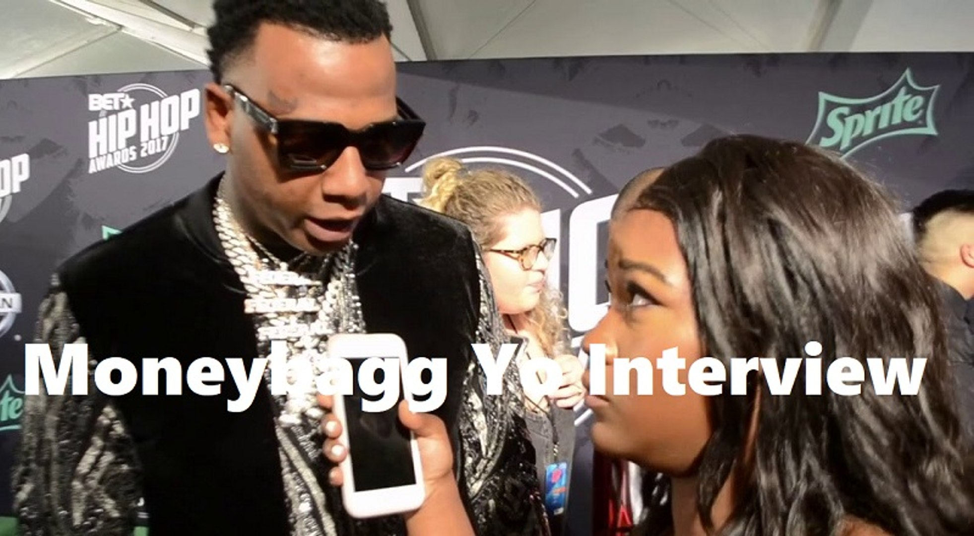 HHV Exclusive: Moneybagg Yo talks Memphis hip hop scene, being a breakout star, and more at BET Hip