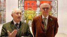 """Montrer le monde à travers la barbe"""" : Gilbert and George sur leur nouvelle exposition"""