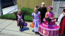HALLOWEEN SPECIAL 2016   TRICK OR TREATING FAMILY FUN!