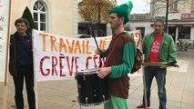Le Front social castelbriantais manie l'ironie pour s'opposer aux réformes du gouvernement