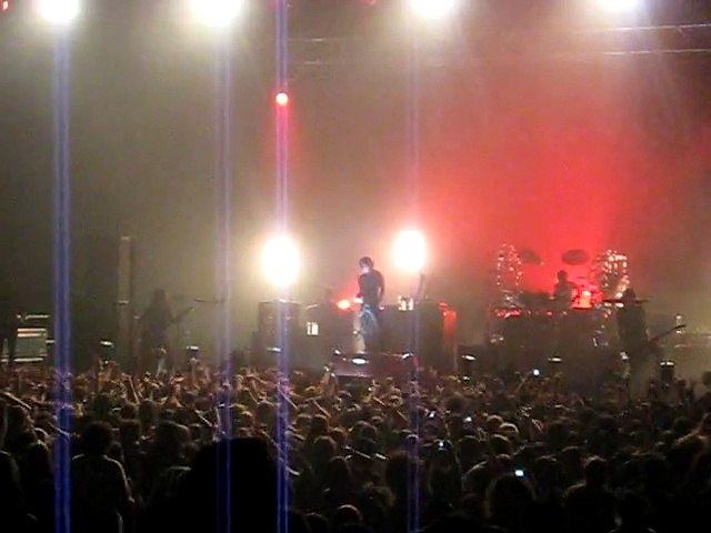 Dir en grey - Ugly (LIVE Paris Le Zénith 2007)