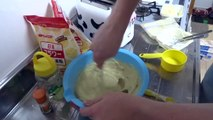 Kyde Makes Banana Bread in a Rice Cooker
