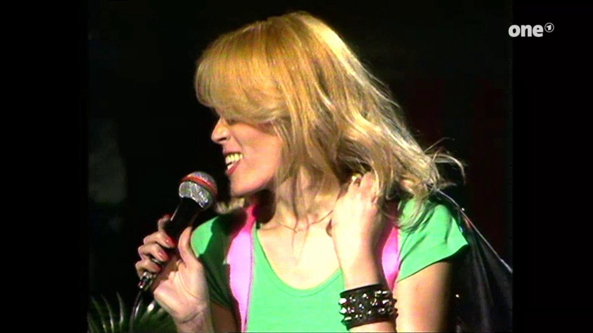 Amanda Lear Deutsch amanda lear - la bagarre (original version) (german tv) (1976)