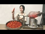 E19 Cooking Crayfish in popcorn popper! Boom~Your spicy crayfish is to be served immediately.