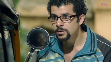 ذات مومنت لما تبقى دكتور وتعمل أول عملية جراحية ليـك ( أنا شايلك رصاصة .. مش عاملك اللوز )
