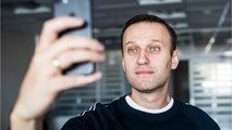 Putin Critic Release From Jail - Selfie Time
