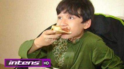 Alwi Assegaf Mampu Habiskan Pizza Satu Loyang Sendiri - Intens 23 Oktober 2017