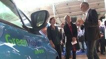 Elisabeth Borne visite le salon Autonomy consacré au futur de la mobilité urbaine à Paris