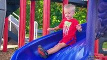 Sevimli Boy Max Life Çocuklar İçin biri Park Fun Video 3 Çocuk Oyun Alanları Playing Max