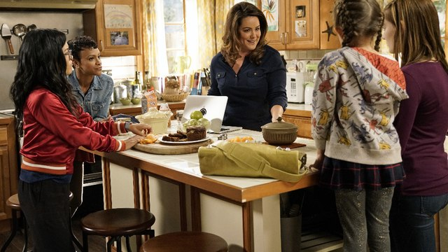 American Housewife - Season 2 Episode 5 (Official Release)