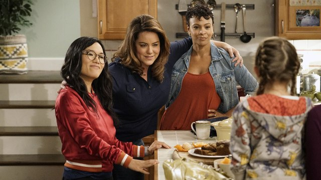 "American Housewife ""S02E5"" Season 2 Episode 5 ""FULL EPISODE"""