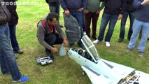 ① GIANT SCALE RC FLY EAGLE SWING WING GRUMMAN F14 TOMCAT TWIN TURBINES WESTON PARK MODEL SHOW - new