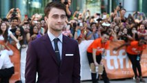 Daniel Radcliffe a piqué tous les jeans dans ses tournages !