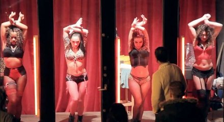 दिल्ली का सबसे बड़ा वेश्या बाजार   GB रोड कोठा नंबर 64 - अंदर का वीडियो