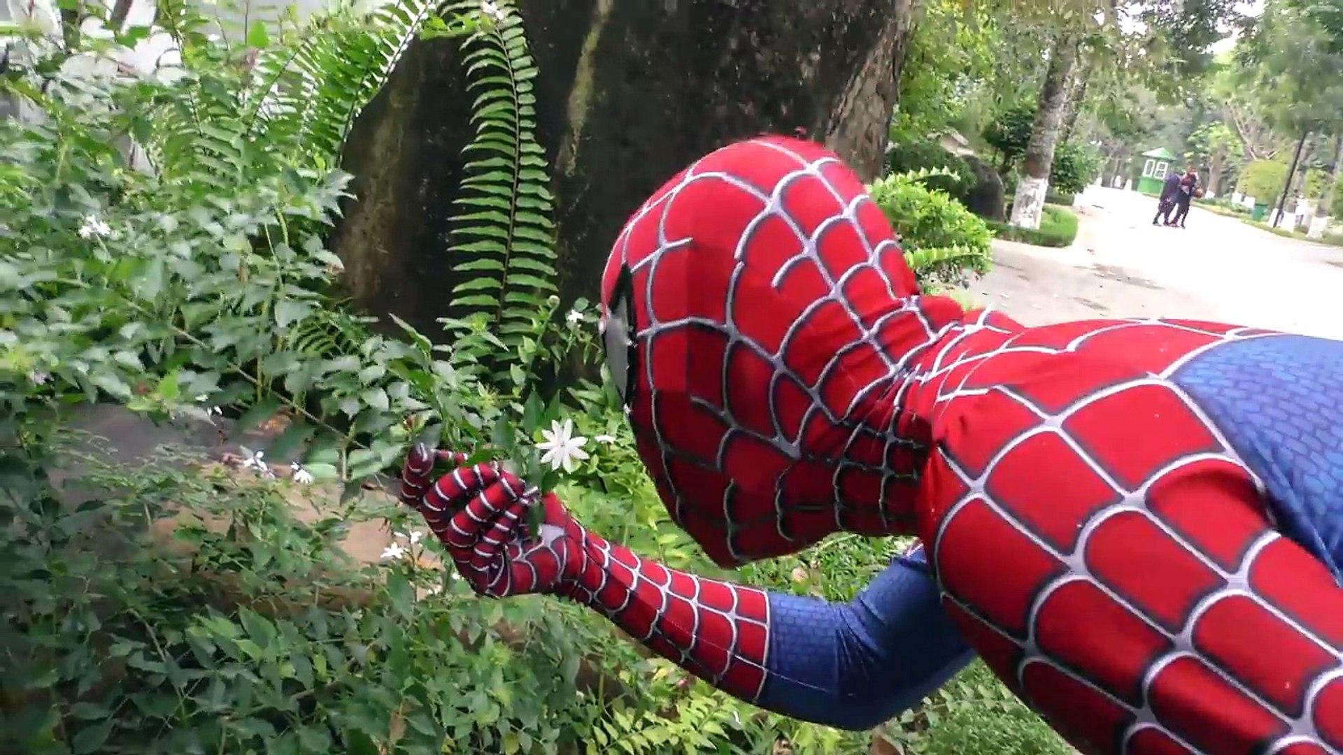 Superhero Spiderman SAW Monster Attack! Superheroes War ZOMBIE APOCALYPSE HULK JOKER Action Movies