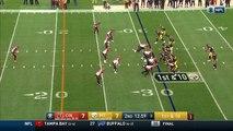 Un joueur de foot US célèbre son touchdown en jouant à cache-cache