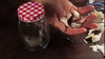 How to Easily Peel Garlic Cloves