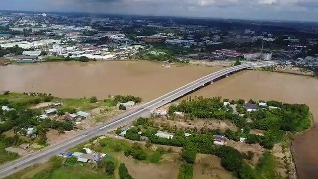 the Dong Nai river water rises