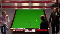 Woman invades snooker match and Ronnie O'Sullivan lets her pot the black  English Open 2017