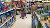 POSSIBLE TOY THIEF AVOIDS A SUPERKICK! WWE Figure CHRISTMAS SHOPPING at ToysRus