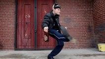 Danse de fou d'un Russe ivre sur de la musique Hard Tek !!