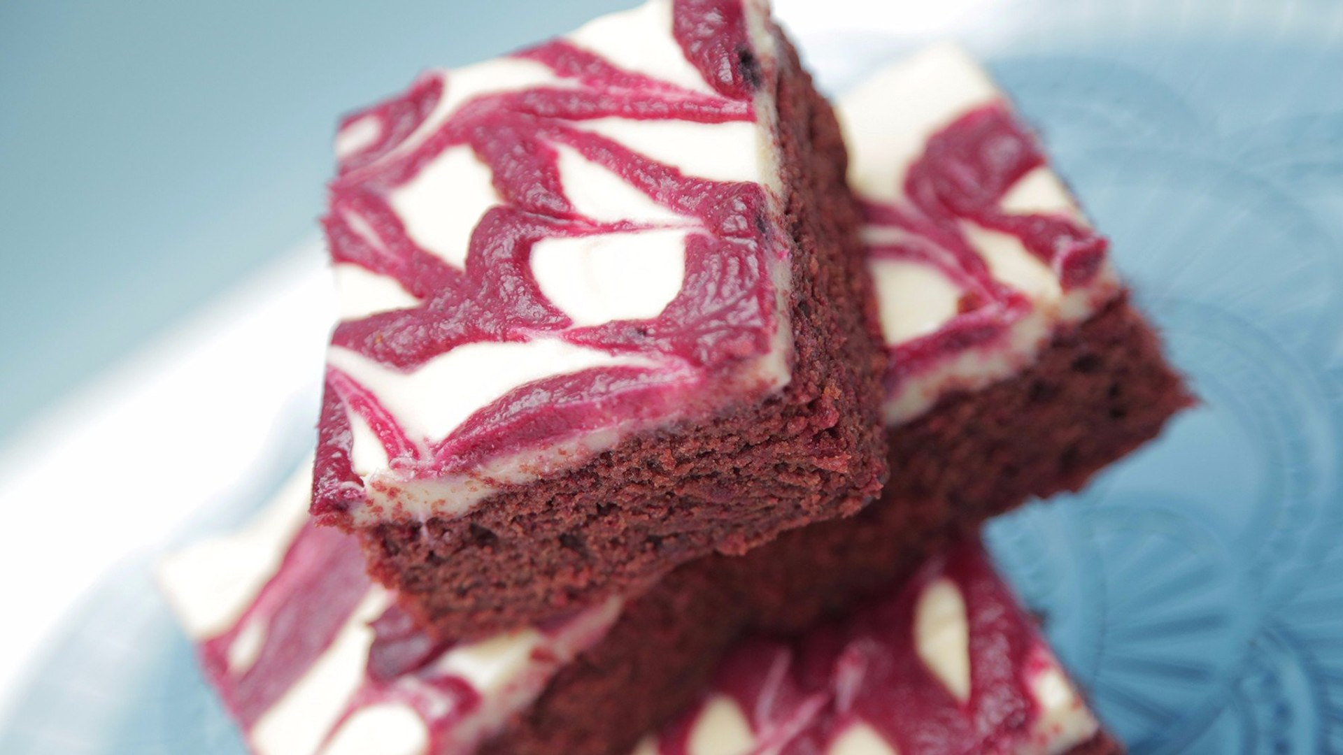 These Red Velvet Brownies Get Their Color From Beets