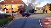 Une McLaren P1 prend feu dans un rond-point près de Londres
