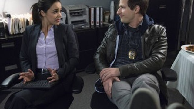 Brooklyn Nine-Nine Season 5 Episode 6 « The Venue - FOX