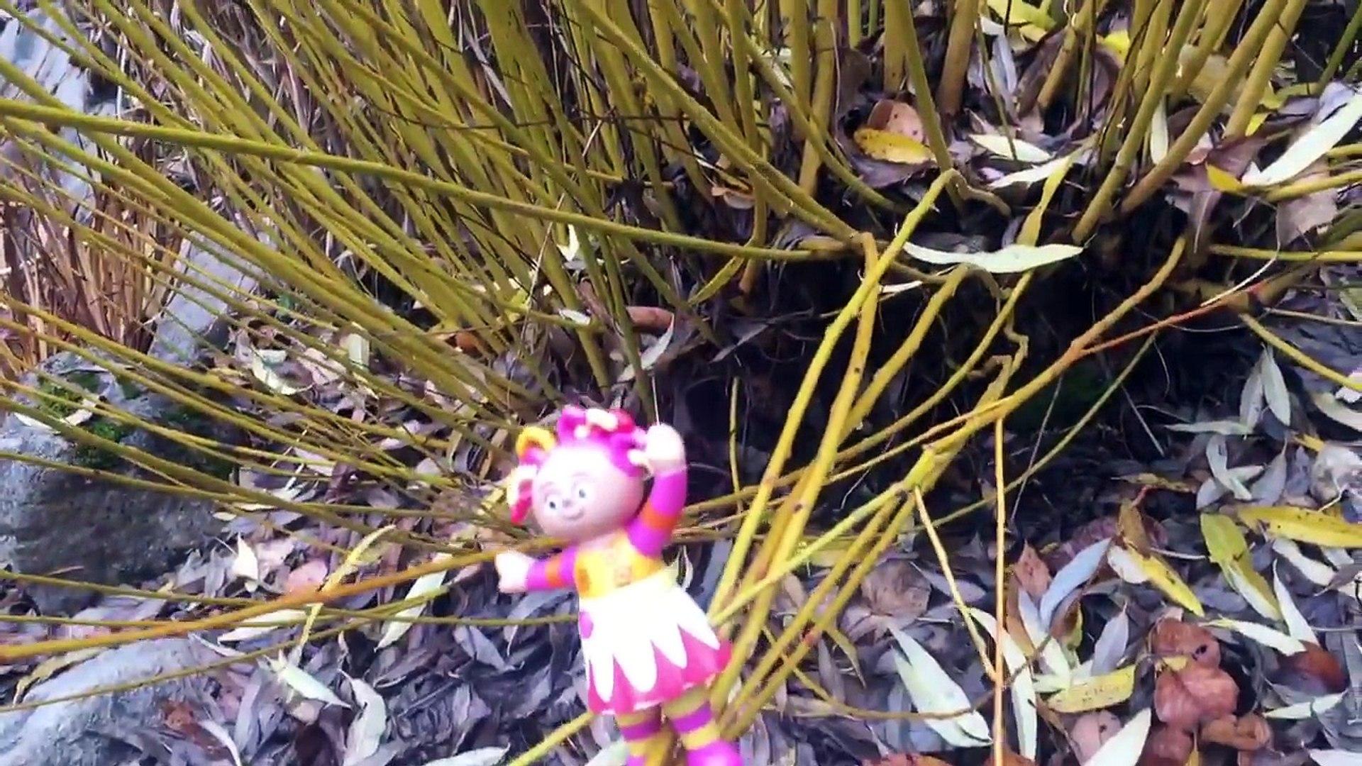 IN THE NIGHT GARDEN Toys Visit Japanese Garden!-hw7s2FOrMvU