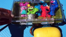 SESEME STREET Toys Log Ride and SWIMMING In The LAKE!!-G91HE3IYIoY