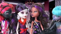 Monster High Dolls Mystery Series Part 2 with Elissabat, River Styxx, Deuce Gorgon, Clawdeen Wolf