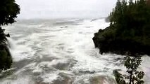 Marquette, MI Extreme Waves and Wind Damage - 10242017