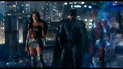 Justice League - How Many Of You Are There clip