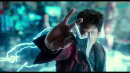Justice League - I'm Building A Team clip