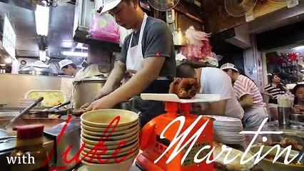 Most CHAOTIC Street Food in Taiwan: Miaokou Night Market | PIG FEET Street Food in Keelung, Taiwan