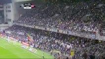 L'impressionnant mouvement de foule dans les tribunes de Guimaraes face au Benfica