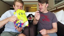 EATING SINGAPORE SNACKS | Taste Testing Food | Les Mis | Matt Harrop | Manila