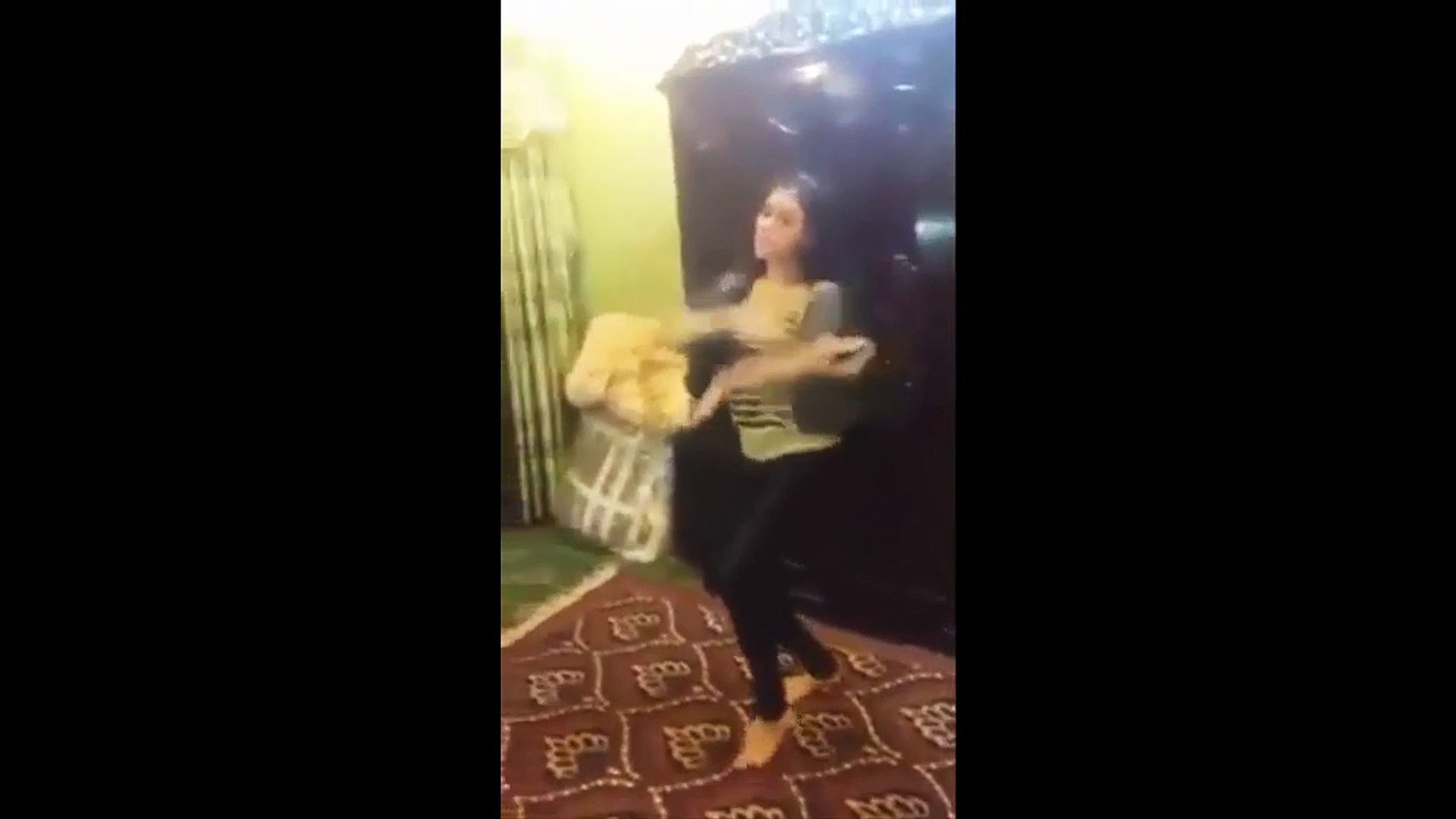 Beautiful Dance By Very Beautiful And Hot Girl _ Dance Videos _ Must Watch _ New _ 2016 (2)