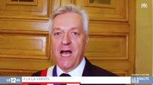 Malaise : le maire de Vanves s'improvise chanteur - ZAPPING ACTU DU 09/11/2017