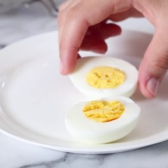 Reason NUMBER 4358945893457 you NEED and Instant Pot!Perfect (easy-to-peel) Soft Boiled or Hard Boiled Eggs in the Instant Pot!Print full recipe -
