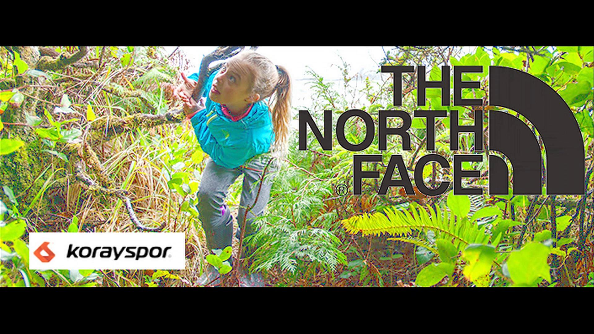 The North Face Kış Sezonu Tam boy Fermuarlı Kapanış ve Kapüşonlu Seçenekleriyle Çocuk Montları