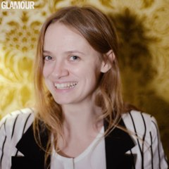 """L'interview """"Name Dropping"""" de Sara Forestier"""
