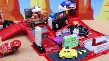 Disney Cars Mack Action Drivers Radiator Springs Car Breaking and Entering Lightning McQueen Trailer