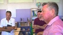 René Raimondi, maire de Fos-sur-mer, détaille les équipements numériques à l'école