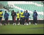 India vs Srilanka-Indian Cricket team won ODI Series-MS Dhoni man of the match-Tweets everywhere