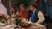 Complete Savages S01 E10 Thanksgiving With the Savages